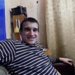 Привет, я парень, азиат с Таджикистана и очень хочу секса с девушкой в Хабаровске