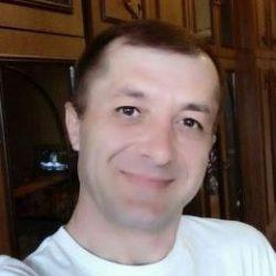 Молодой парень ищет девушку в Хабаровске для жарких встреч