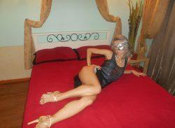 Раскованная и дико сексуальная брюнетка! Ищу мужчину для секса в Хабаровске!