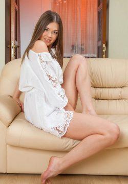 Ищу мужчину для интима на пару раз в Хабаровске